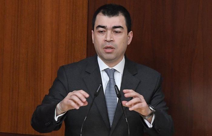 ابي خليل: لم اشارك في اي اجتماع يتعلق بقرار وزارة العمل
