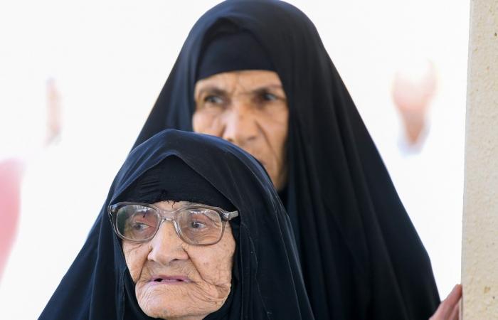 """الخليح   """"أكو مثل السعودية وناسها"""".. هذا ما قالته مسنة عراقية جاءت للحج"""