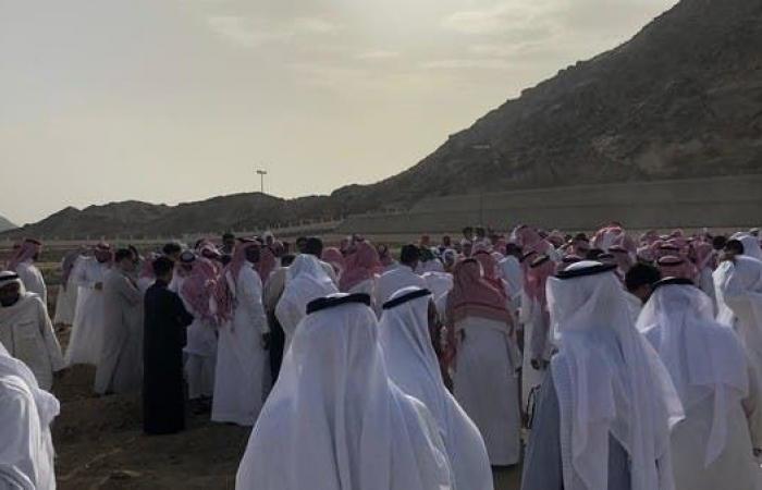الخليح   تشييع جثمان غريق نياغرا إلى مثواه الأخير في مكة