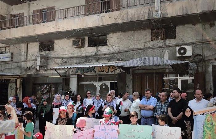 فلسطين   الاضراب شامل يعمّ المخيمات الفلسطينية بلبنان لليوم الخامس