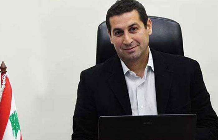 معلوف يدعم أبو سليمان: يطبّق قانون العمل لا أكثر ولا أقل