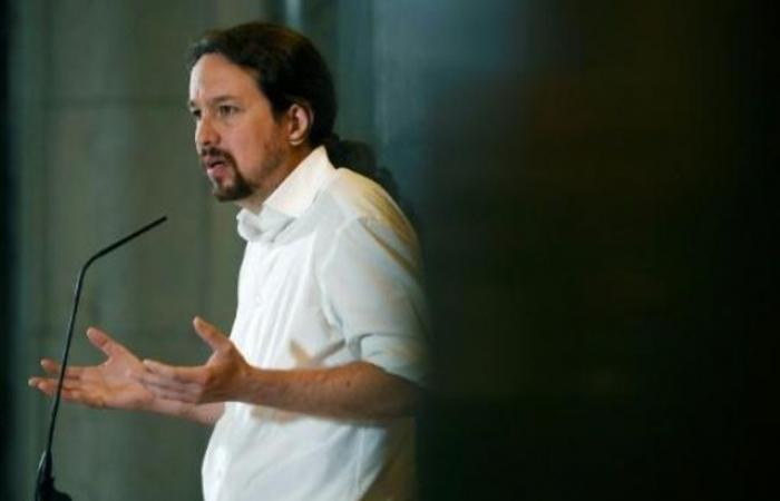 زعيم بوديموس الإسباني يوافق على عدم المشاركة في حكومة سانشيز
