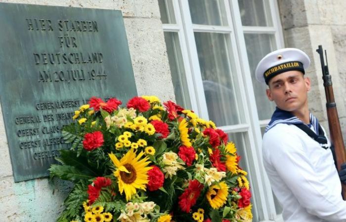 ألمانيا تحيي ذكرى منفذي محاولة اغتيال هتلر قبل 75 عامًا