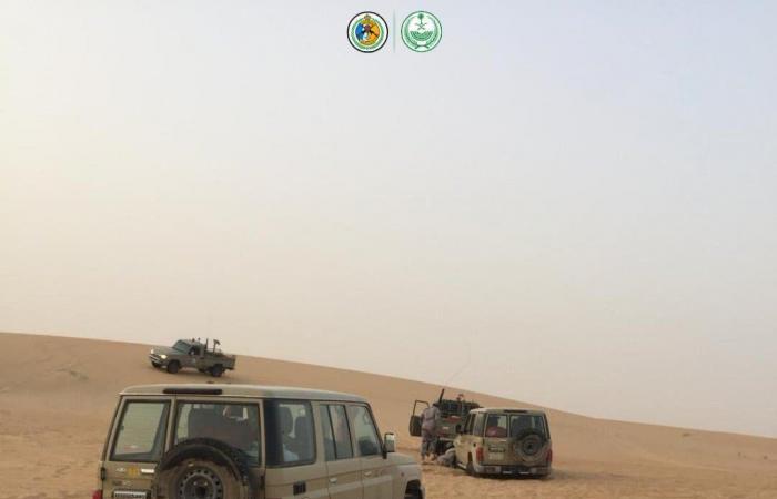 الخليح   السعودية: حرس الحدود ينقذ 6 أشخاص علقوا في الربع الخالي