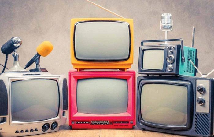 هنا إذاعة التلفزيون… في لبنان