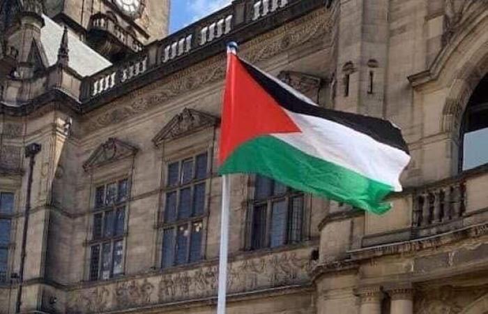 فلسطين | الجالية الفلسطينية في بريطانيا تقدم الشكر لبلدية شفيلد