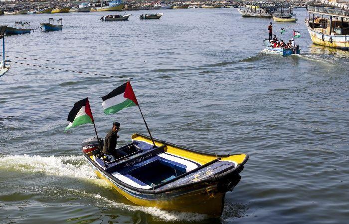 فلسطين | بحرية الاحتلال تعتقل صيادين قبالة شاطئ مدينة رفح