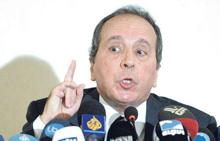 السيد: هل ممثلو البنك الدولي شركاء في الفساد أم عميان؟