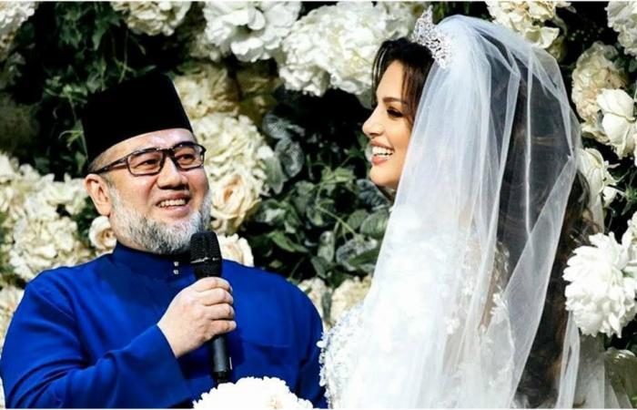"""ملك ماليزيا السابق يُشكك في أبوّة طفله.. وطليقته تنشر صُورًا و""""ردًا أخلاقيًا""""!"""