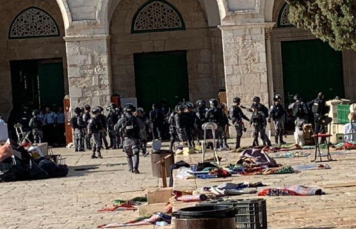 فلسطين   الاحتلال يبعد مرابطة مقدسية عن المسجد الأقصى 15 يوما