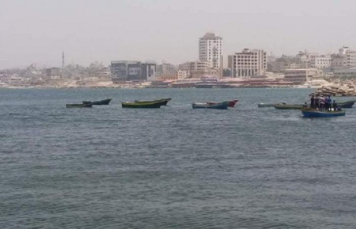فلسطين | الاحتلال يقرر الإفراج عن 17 قارب اليوم عبر كرم أبو سالم