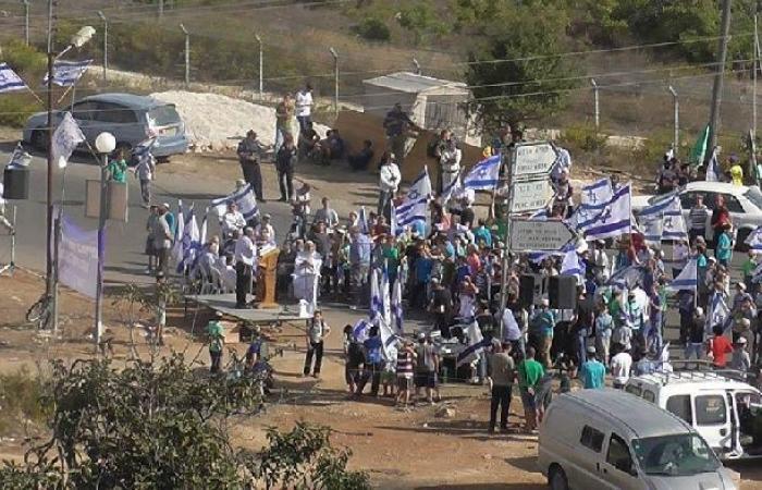 فلسطين   مستوطنون يعتدون على شاب مقدسي في سلوان