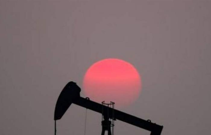 أسعار النفط ترتفع أكثر من 1% بفعل مخاطر إيران