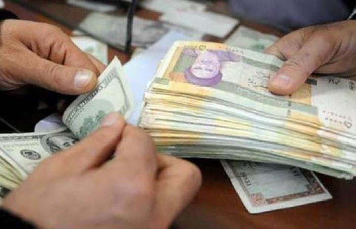 العراق | خوفا من أميركا.. موالون لطهران بالعراق ينقلون أموالهم لإيران