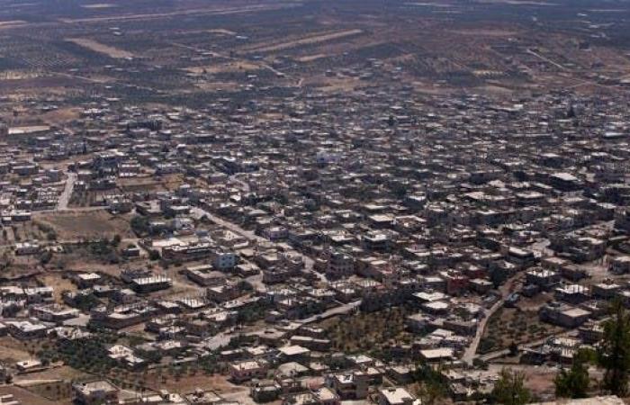 سوريا | إسرائيل تستهدف تحركات لحزب الله في ريف القنيطرة