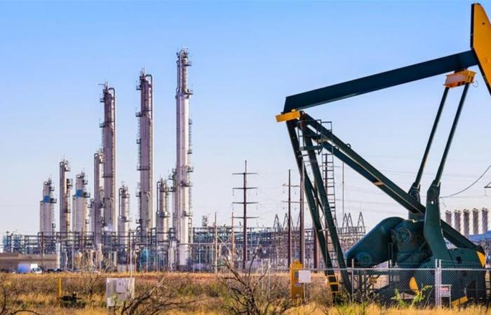 إنخفاض أسعار النفط مع تجدد المخاوف بشأن النمو