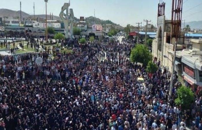 إيران | شهرياً بإيران.. 267 تجمعاً احتجاجياً شمل 78 مدينة وقرية
