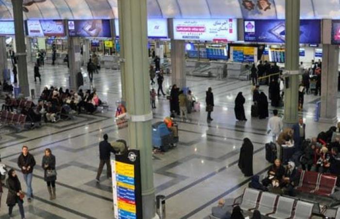 إيران | خوفاً من الحظر الأميركي.. إيران تمنع ختم جوازات الأجانب