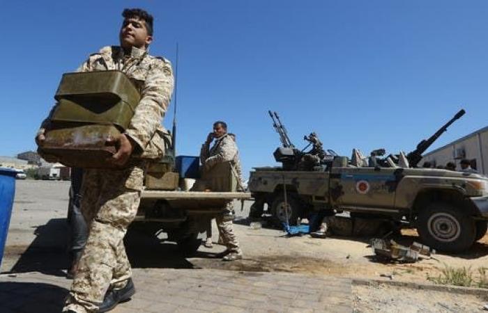 الجيش الوطني الليبي يقصف طائرة شحن قادمة من تركيا