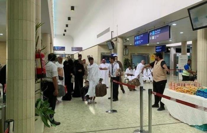 الخليح | وصول ألفي حاج يمني من أسر شهداء الشرعية إلى جدة