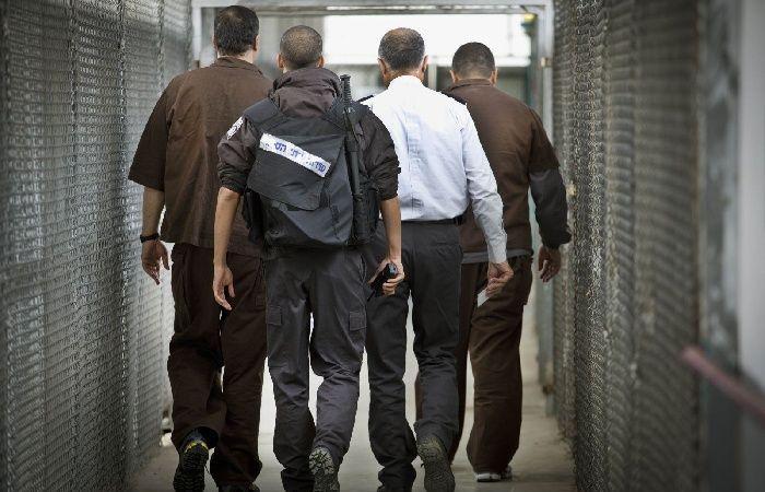 فلسطين | الأسير قعدان يواصل إضرابه عن الطعام لليوم الثامن على التوالي