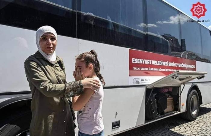 سوريا | مشاهد وصور ومآس.. ترحيل قسري للسوريين من إسطنبول