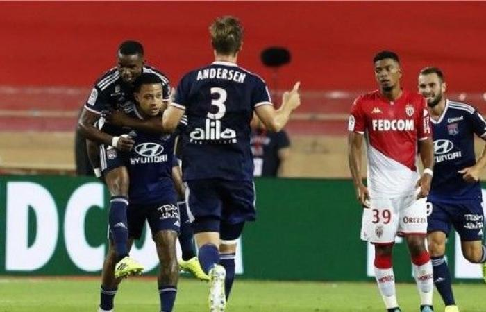 ليون يفتتح موسمه بانتصار على موناكو