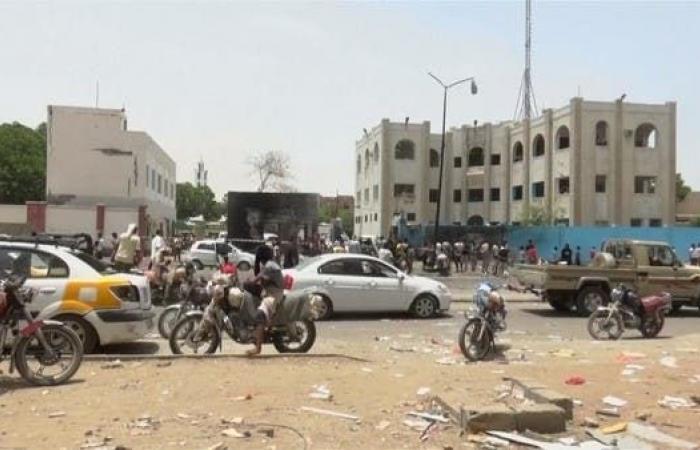 اليمن | مصادر حكومية يمنية: قصر المعاشيق تحت سيطرتنا وبه وزراء