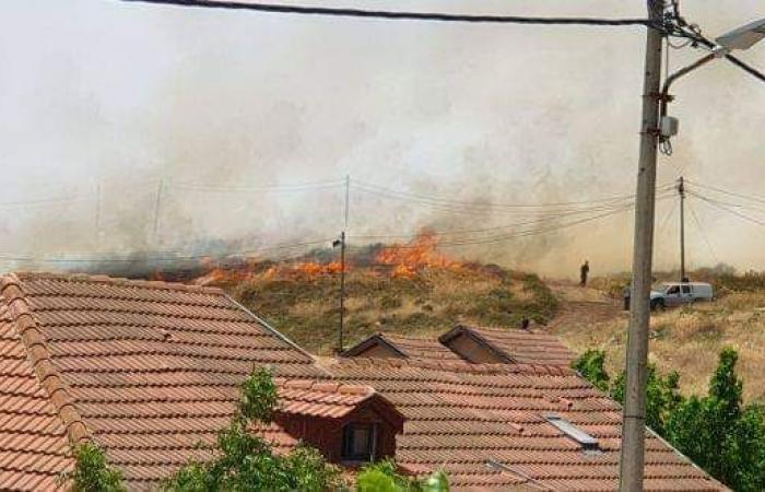 فلسطين   موقع عبري: اندلاع 3 حرائق في مستوطنات غلاف غزة