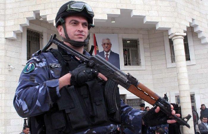 فلسطين | كشف ملابسات قضية نصب وإحتيال بإصدار تأشيرات للحج ببيت لحم