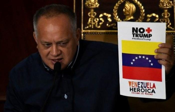 مادورو يعتزم الدعوة لانتخابات تشريعية مبكرة