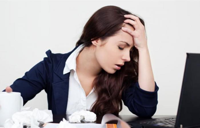 كم مرّة تفكّر المرأة بترك عملها خلال السّنة؟!