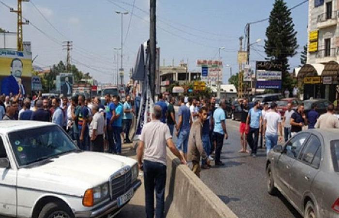 قطع أوتوستراد المنية العبدة احتجاجًا على إنشاء مطمر تربل