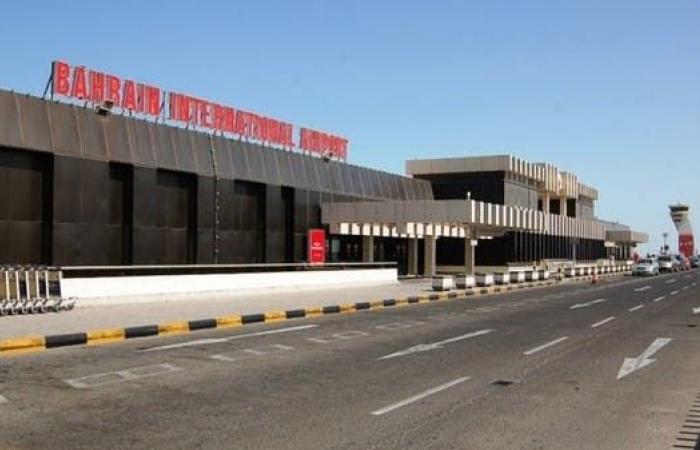 الخليح   عودة الملاحة بمطار البحرين بعد إغلاقه مؤقتاً