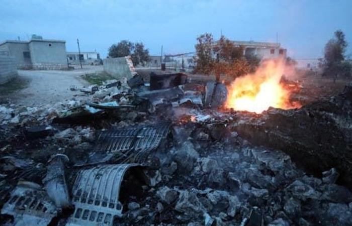 سوريا | سوريا.. المعارضة المسلحة تسقط طائرة حربية للنظام بإدلب