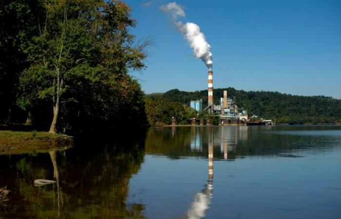 22 ولاية أميركية ترفع دعوى قضائية ضد سياسة ترمب في قطاع الفحم