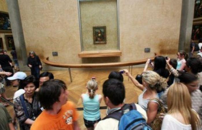 التايمز: السياح يقتلون الأماكن التي نحبها