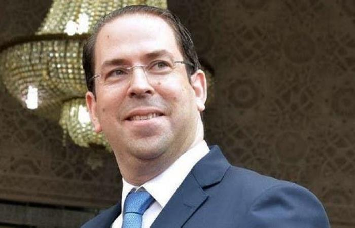 تونس.. الشاهد يفوض صلاحياته لأحد الوزراء حتى الانتخابات