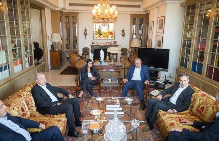 """معوض عرض مع وفد من """"الكتائب"""" انتخابات نقابة محامي طرابلس"""