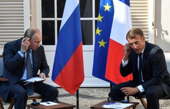 ماكرون: لا بدّ أن تعود روسيا لمجموعة الثماني