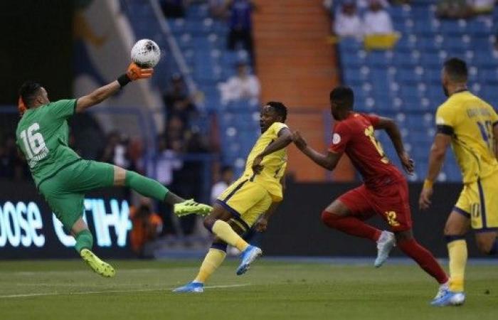 النصر يفتتح الموسم الجديد لدوري محمد بن سلمان بثنائية في مرمى ضمك