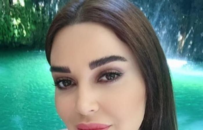 سيرين عبد النور تستعرض لياقتها البدنية في النادي الرياضي (فيديو)