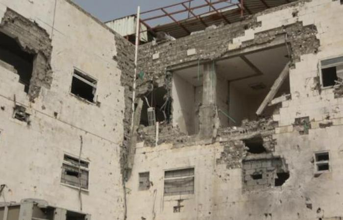 اليمن   اليمن.. قصف حوثي يستهدف مستشفى وسط الحديدة
