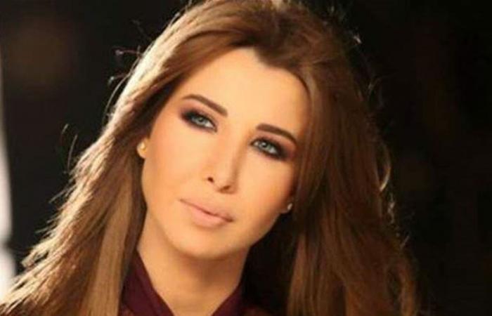نانسي عجرم تنشر صورة مع طفلتها.. وتتحدث عن البراءة!
