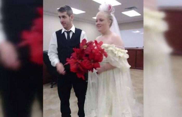 حادث سير يخطف عروسين بعد دقائق من زواجهما! (صور)