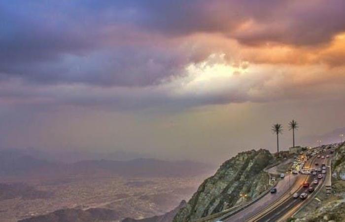 الخليح | شاهد.. مدينة سعودية ترتفع 2000 عن سطح البحر وبهذا تتميز