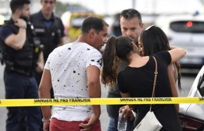 قتيل وتسعة جرحى في اعتداء بالسلاح الأبيض قرب ليون الفرنسية