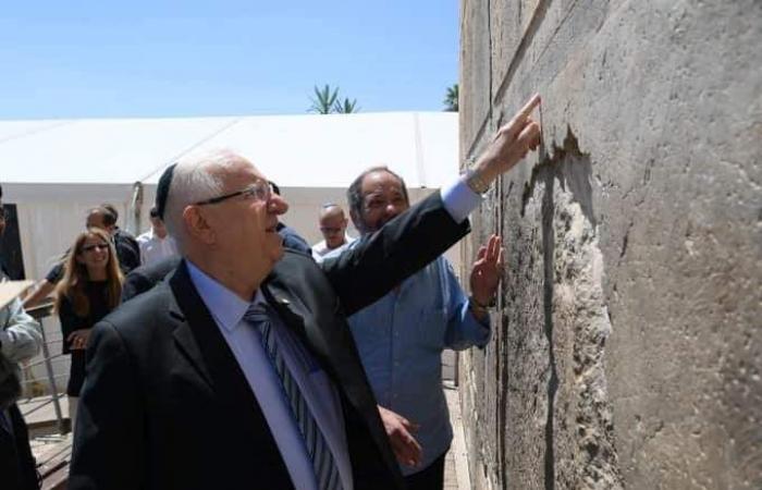 فلسطين | الرئيس الإسرائيلي يقتحم الحرم الإبراهيمي في الخليل