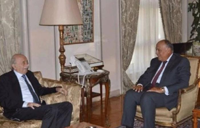 شكري التقى جنبلاط: مصر حريصة على استقرار لبنان