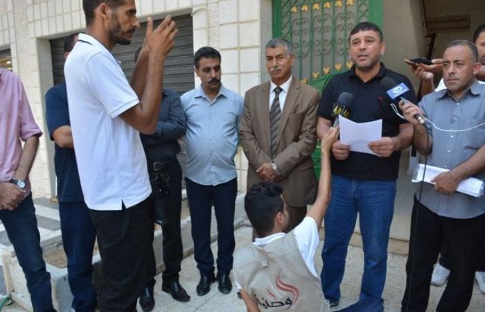 فلسطين   أبو كرش يطالب بإعادة الحقوق المالية والإدارية لموظفي 2005